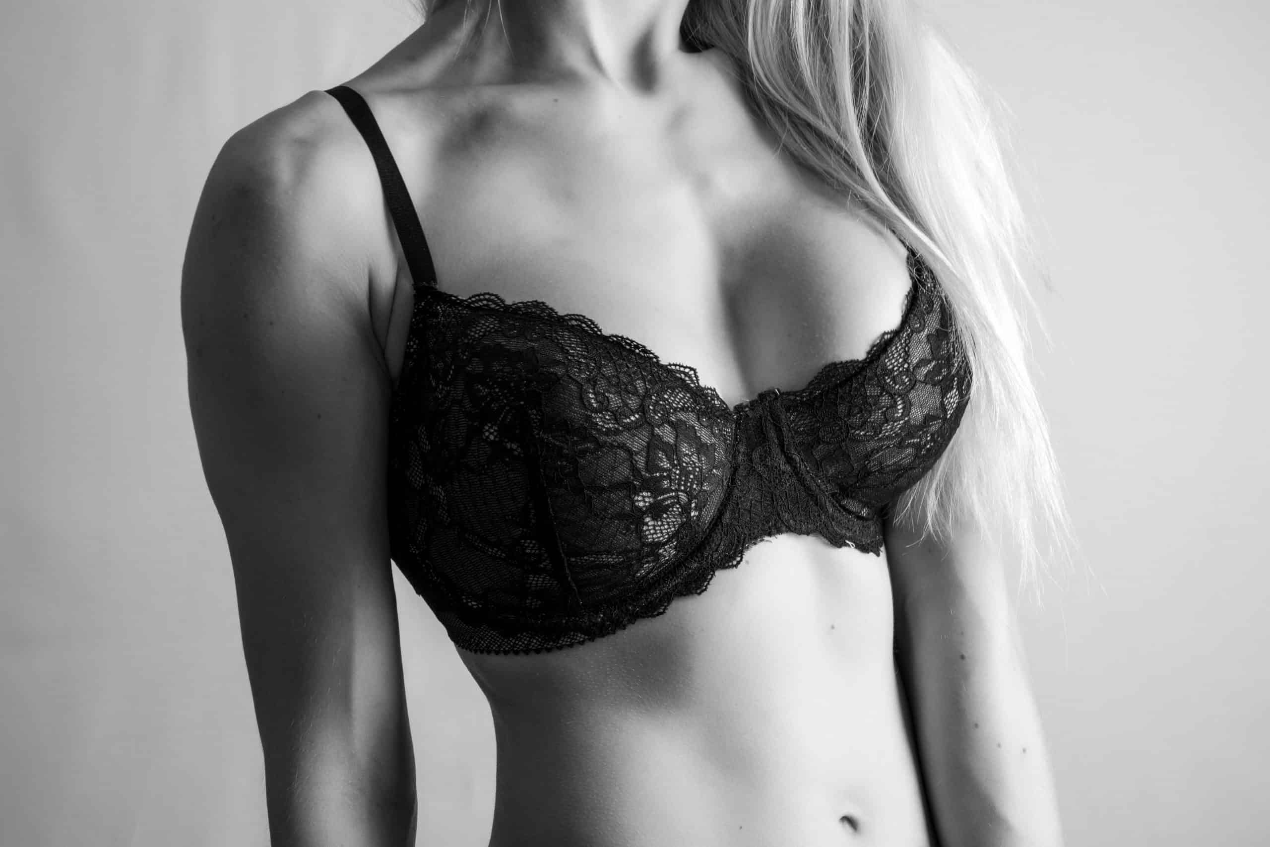 Breast lift with reduction Montreal